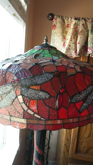 Beautiful Stained Glass Lamp for Sale in Eastman, GA