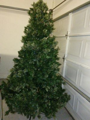 Christmas tree pre-lit white lights. 7 foot tall. Deer Valley and 67th Avenue pick up only for Sale in Glendale, AZ