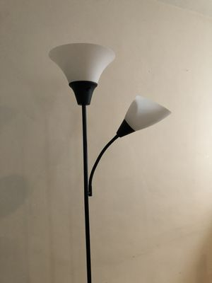 Floor lamp for Sale in Burbank, CA