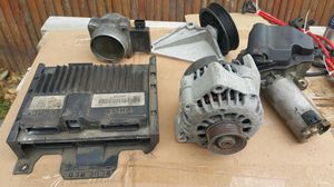 Parts for 96 Chevy Blazer V6 Vortec for Sale in Queens, NY