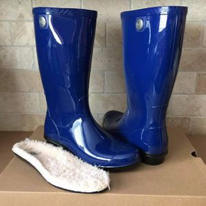 New Ugg Rain Boots (Size 6 US Only) for Sale in Chula Vista, CA