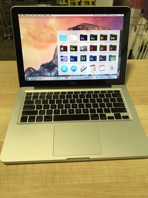"Apple Macbook 13"" 2008-2009 aluminum 2.0ghz core 2 duo Mac OS 10.11 El Capitan 4gb ram 320Gb storage Loaded with full adobe mater collection cs6 for Sale in Dallas, TX"
