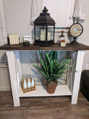 Farmhouse style console/entryway table for Sale in Austin, TX