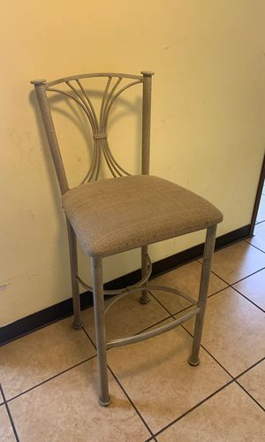 Bar stool for Sale in Riverside, CA