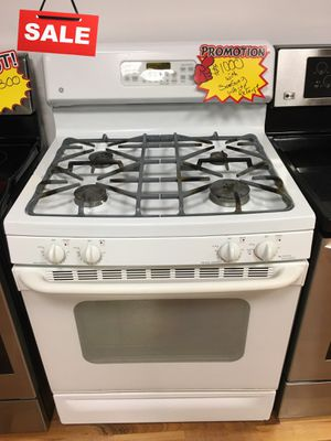 FIRST COME!!MUST GO!! Gas Stove Oven GE #1511 for Sale in Greenwood, IN
