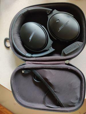 Bose noise canceling headphones for Sale in Winter Haven, FL