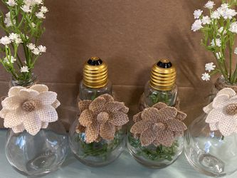 Light Bulb Vases Newly Upcycled! for Sale in Bonney Lake,  WA