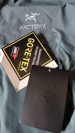 ARCTERYX Beta AR JACKET MEN'S LG brand new w/tag for Sale in Parkland, WA