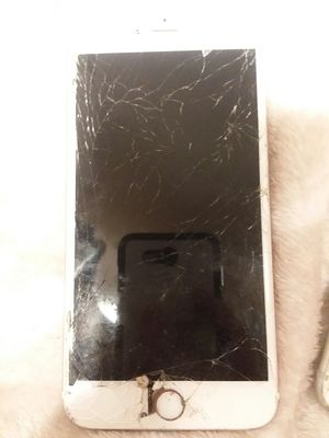 Iphones for parts only for Sale in Evansville, IN