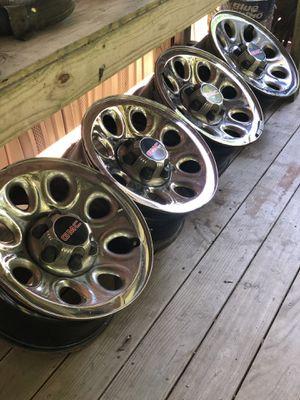 GMC Wheel Rim —NEED TO GO— for Sale in Ville Platte, LA