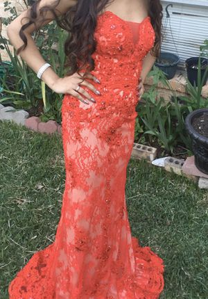 Prom dress for Sale in Lewisville, TX