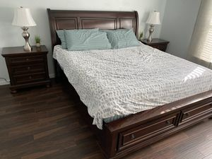 King Bedroom Set for Sale in Tomball, TX