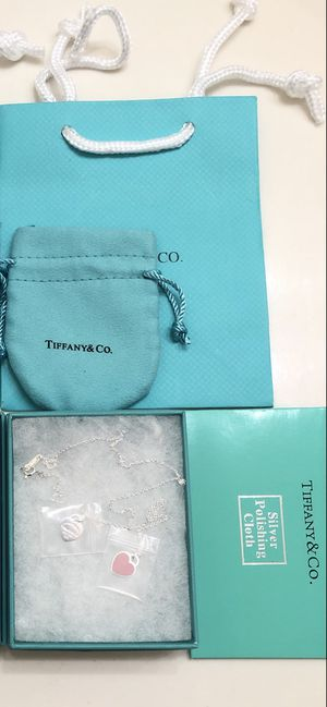 Tiffany and co pink heart necklace for Sale in Mesquite, TX