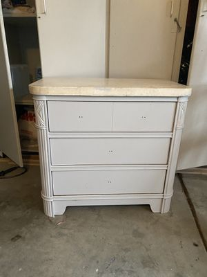 Bedroom set for Sale in Chino Hills, CA