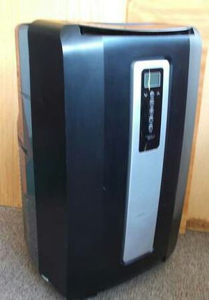Commercial Cool AC-11,500 BTU Portable Air Conditioner + A/C Hose & Window Panel for Sale in Vista, CA