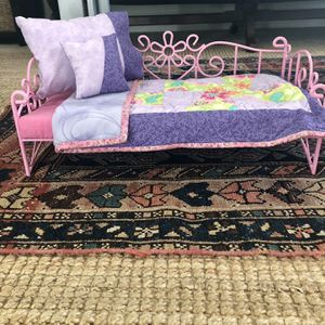 """Metal 18"""" Doll Bed With Quilt for Sale in Clovis, CA"""