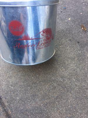 Minnow Bucket for Sale in Manassas Park, VA