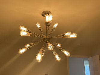 Light Fixture, 18 Bulbs, 29 Inches In Diameter for Sale in Orange,  CA