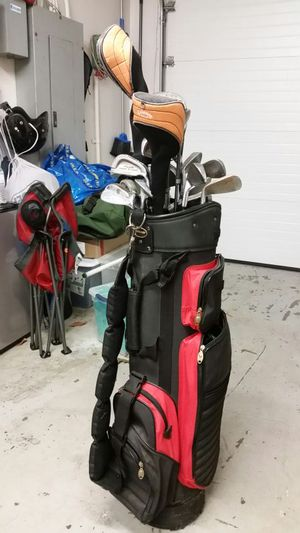 Quazar golf Bag & assortment of clubs for Sale in Dallas, TX