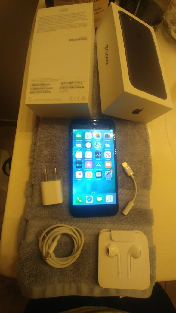 iPhone7 32gb black new