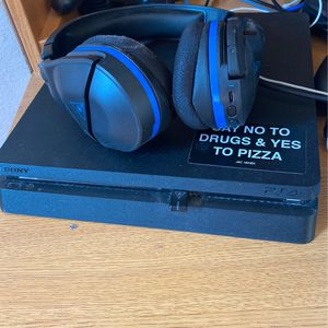 Ps4 Turtle Beach Headphones for Sale in Colorado Springs, CO