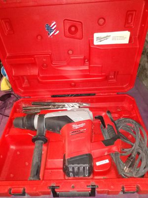 Heavy duty 1-9/16 rotary hammer drill. With 3 bits. for Sale in Salem, MA