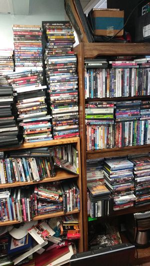 OVER 2000 DVD'S for Sale in St. Petersburg, FL