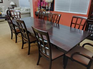 Dining room table for Sale in Menifee, CA