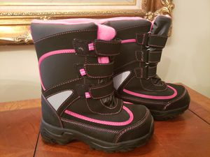 Atheletech kids snow boots for Sale in West Orange, NJ