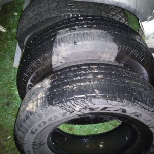 "17"" Tires For Trade Or Sale for Sale in Elma, WA"