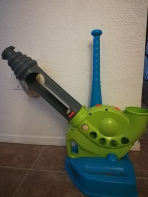 Fisher Price grow to pro baseball set. for Sale in Austin, TX