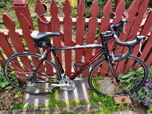 CAAD8 Cannondale Road Bike for Sale in Lancaster, PA