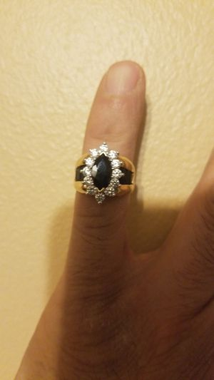 Quartz 10 k ring besutiful with black stones surrounding for Sale in Chicago, IL