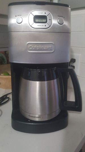 Cuisinart coffee maker with built in grinder for Sale in US