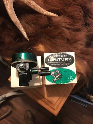 Vintage Johnson century model 100a fishing reel with original box for Sale in Mesa, AZ