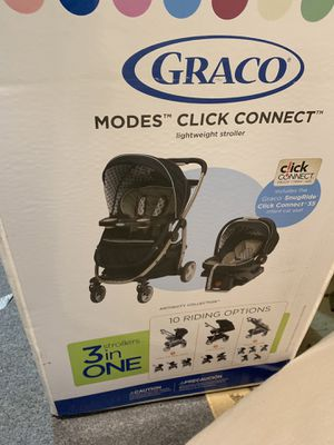 Graco stroller and car seat 3 in 1 for Sale in Champaign, IL