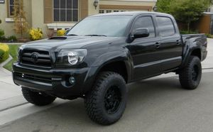 2007 Toyota Tacoma Good BLACK for Sale in Concord, CA