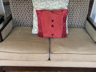 Living Room Couch And Love Seat Set for Sale in Fremont,  CA