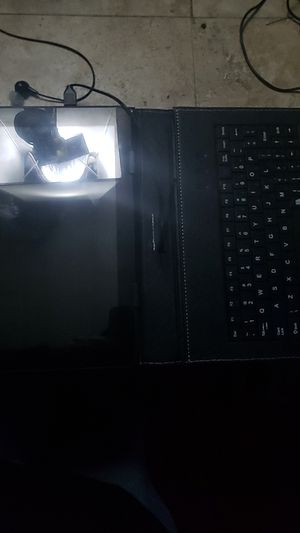 Android tablet with keyboard. Just never use it. Excellent condition. Like new for Sale in Tunnel Hill, GA