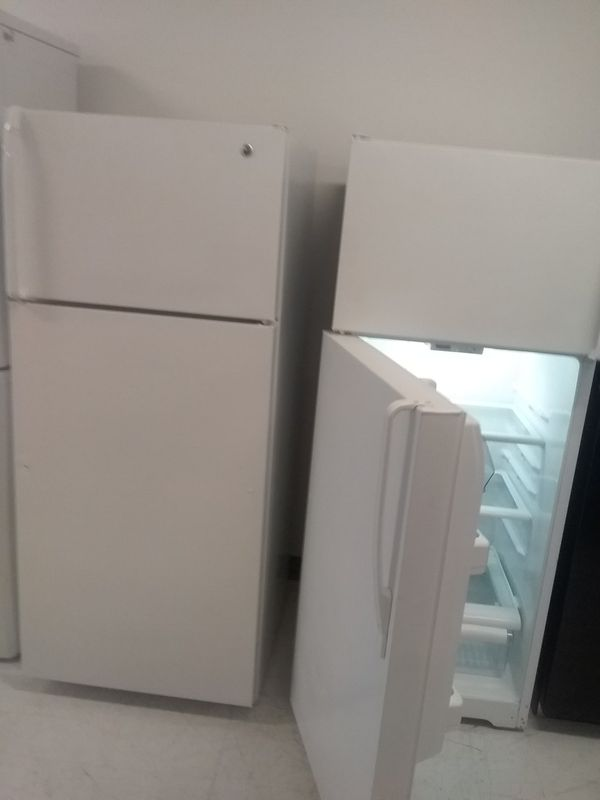Ge top and bottom refrigerator used good condition 90days warranty 🔥🔥