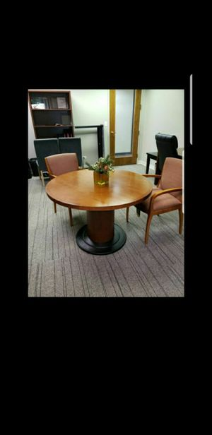 Round Conference Table - Steelcase for Sale in Bolingbrook, IL