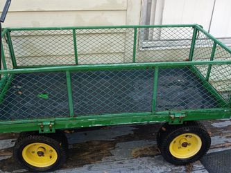 Green & Yellow Steel Wagon for Sale in Orlando,  FL
