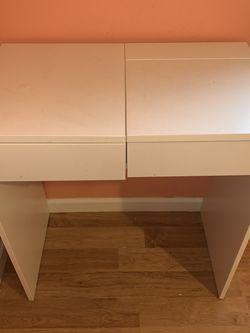 White Desk for Sale in Portland,  OR