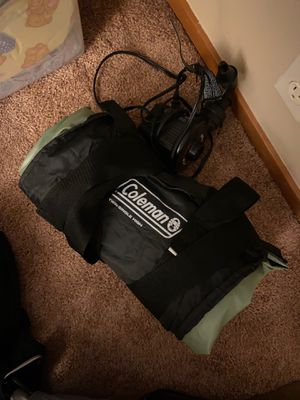 Air mattress twin with pump for Sale in Seattle, WA