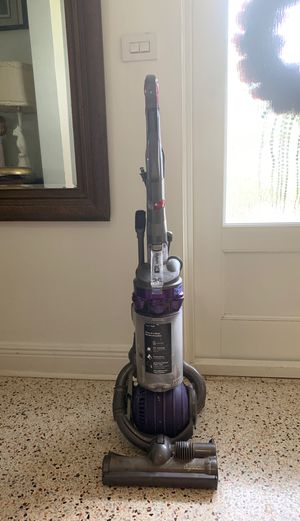 Dyson DC 25 Animal vacuum for Sale in Miami, FL
