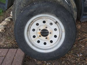 P175/75/R13. Wheel and tire for Sale in Pflugerville, TX
