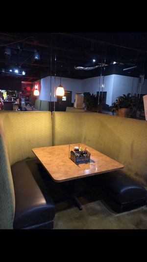 Restaraunt Booth , tables and chairs for sale ....just cleaned and ready for a new location deal of a life time . for Sale in Heathrow, FL