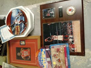 Michael Jordan/Bulls bundle for Sale in Norfolk, VA