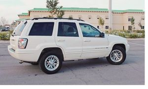 Runs Good 2004 Jeep Grand Cherokee AWDWheels for Sale in Washington, DC