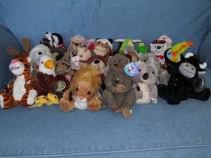 Coca-Cola International Beanie Babies 30 of them for Sale in Holiday, FL